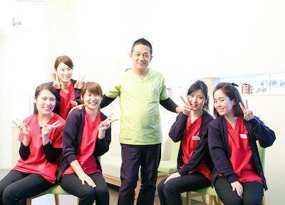 s1889570_staff1