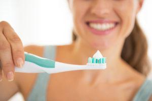電動歯ブラシ 持ち方